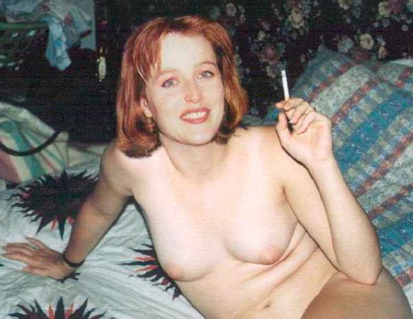 Gillian Anderson desnuda antes
