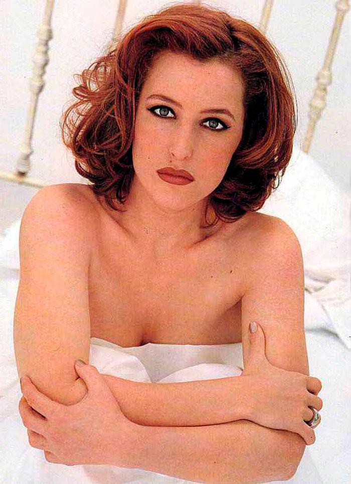Gillian Anderson Posado Erótico Lencería Fina 4