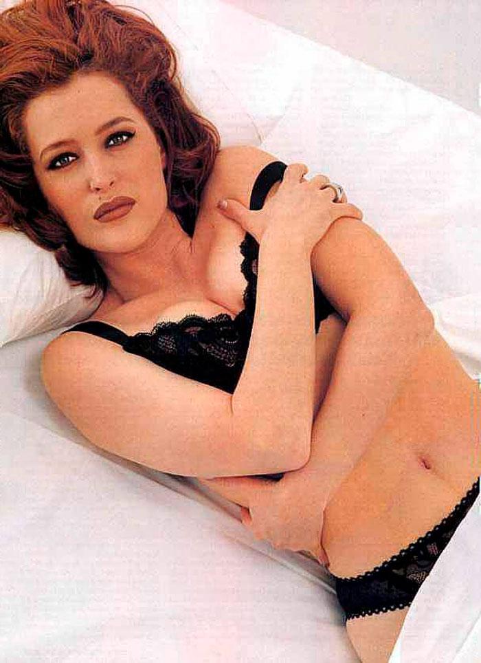 Gillian Anderson Posado Erótico Lencería Fina 5