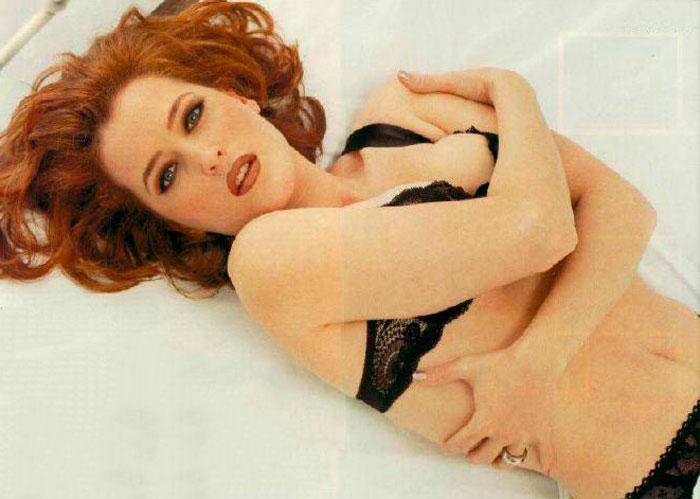 Gillian Anderson Posado Erótico Lencería Fina