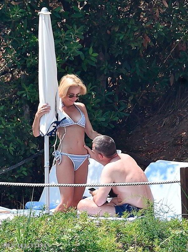 Gillian Anderson vacaciones Italia