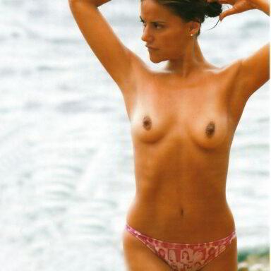 Mónica Hoyos Topless