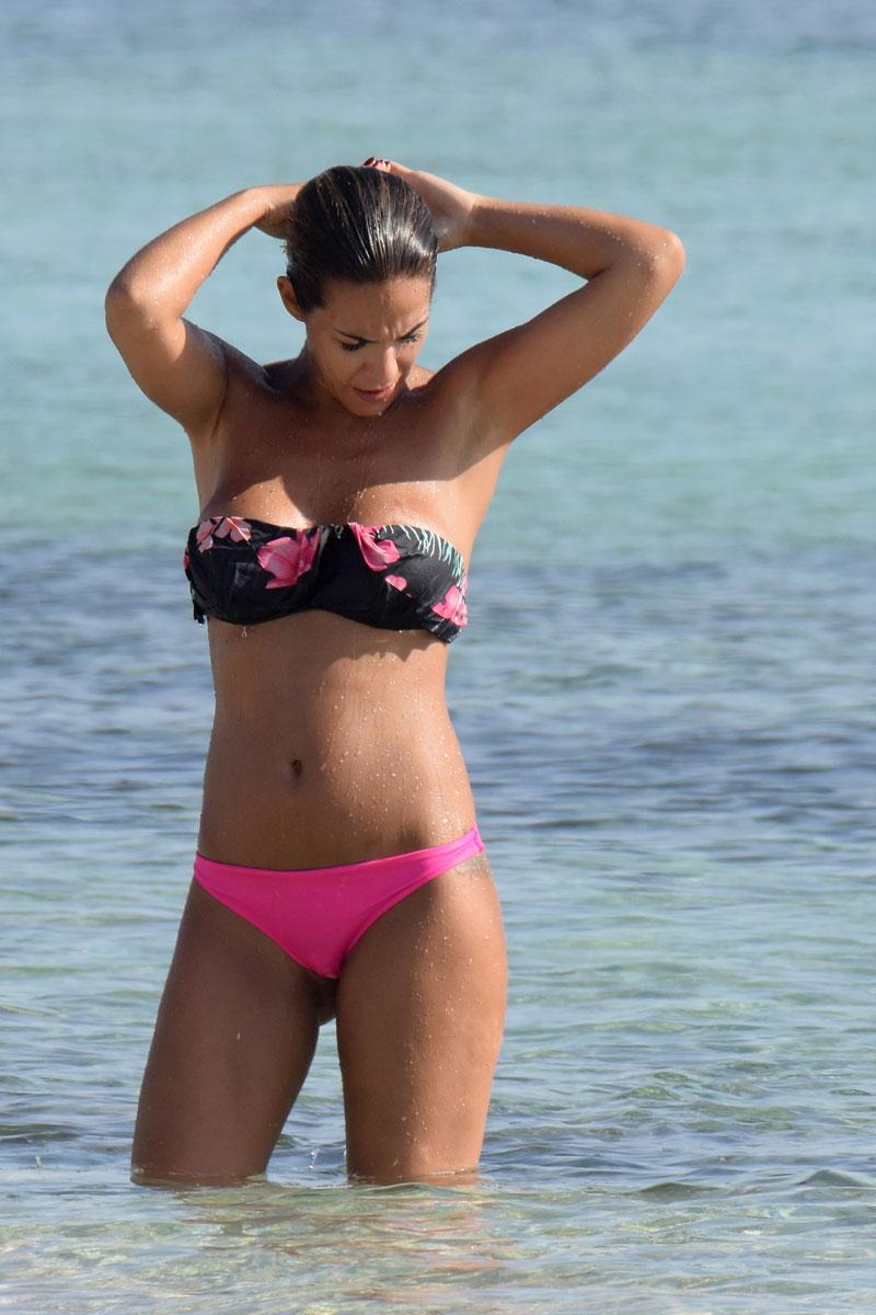 Tamara Gorro Bikini Espectacular Playa
