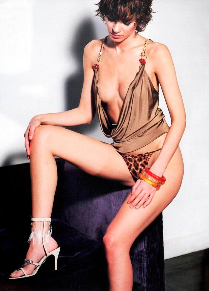 Elena Ballesteros actriz española sexy
