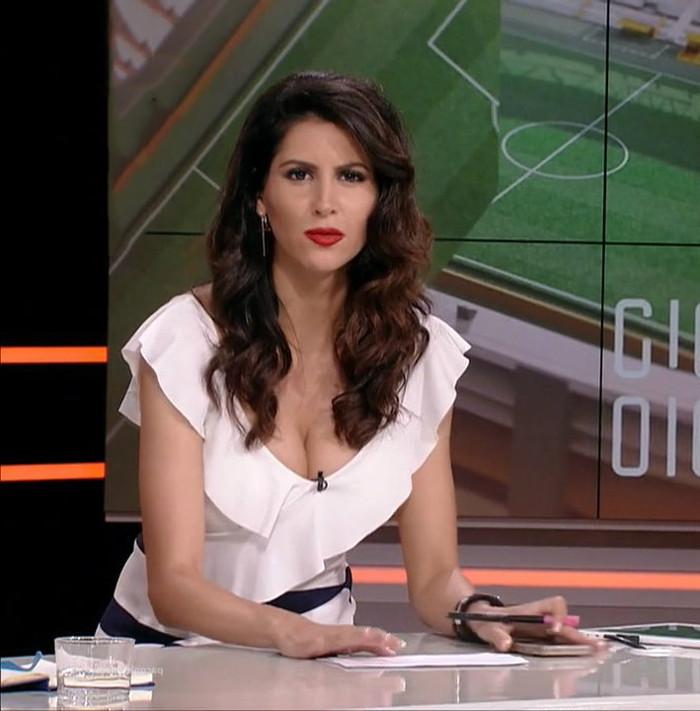 Graciela Álvarez Lobo tetuda