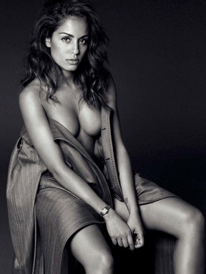 Hiba Abouk sesión fotográfica erótica