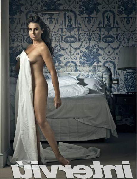 Lola Baldrich foto erótica Interviu