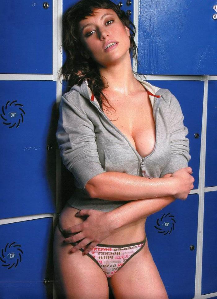 Natalia Verbeke hot
