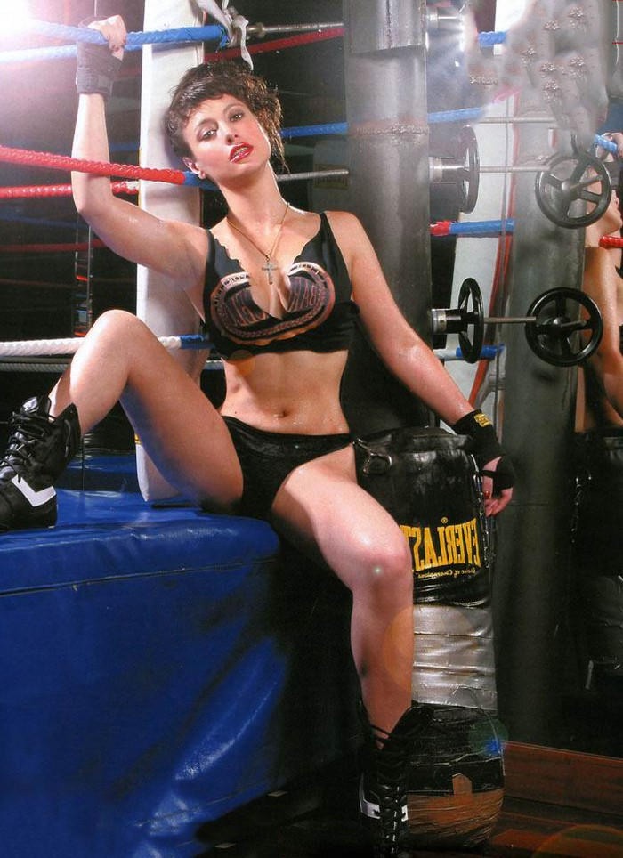 Natalia Verbeke nude