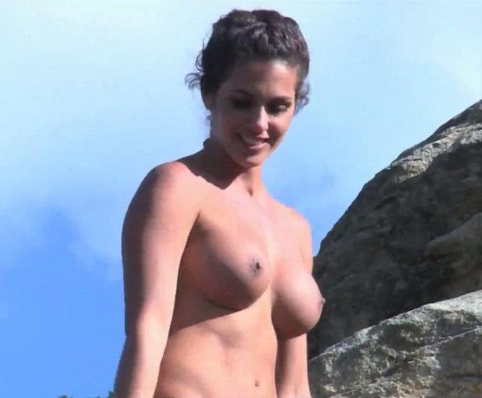 Noemí Merino Topless Interviu