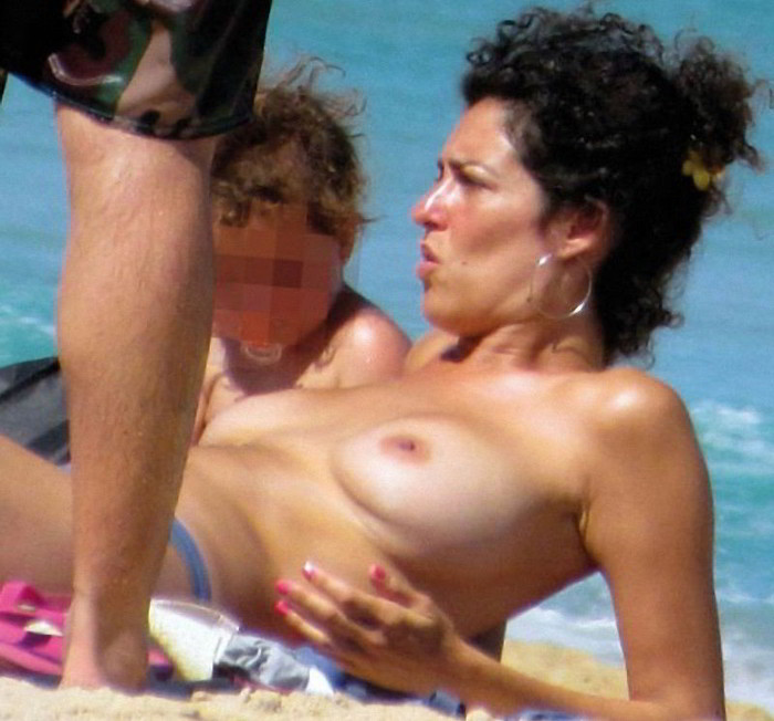 Rocio Madrid topless