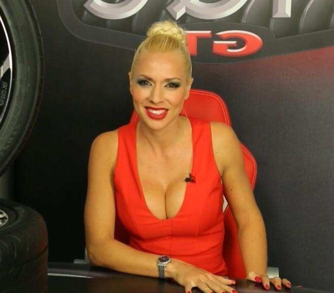 Carolina Alcázar descuido