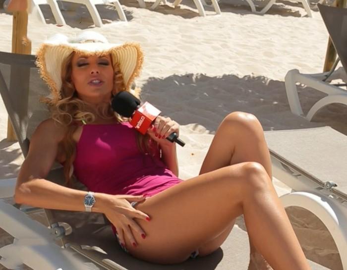 Carolina Alcázar nude