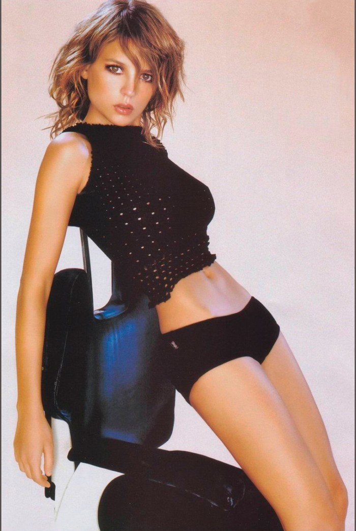 Elena Anaya Posado Revista Sexy