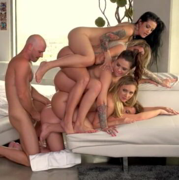Reverse gangbang Johnny Kissa Sins