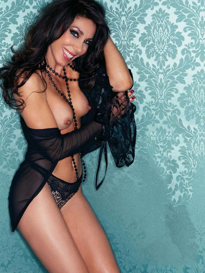 Romy Abradelo desnuda