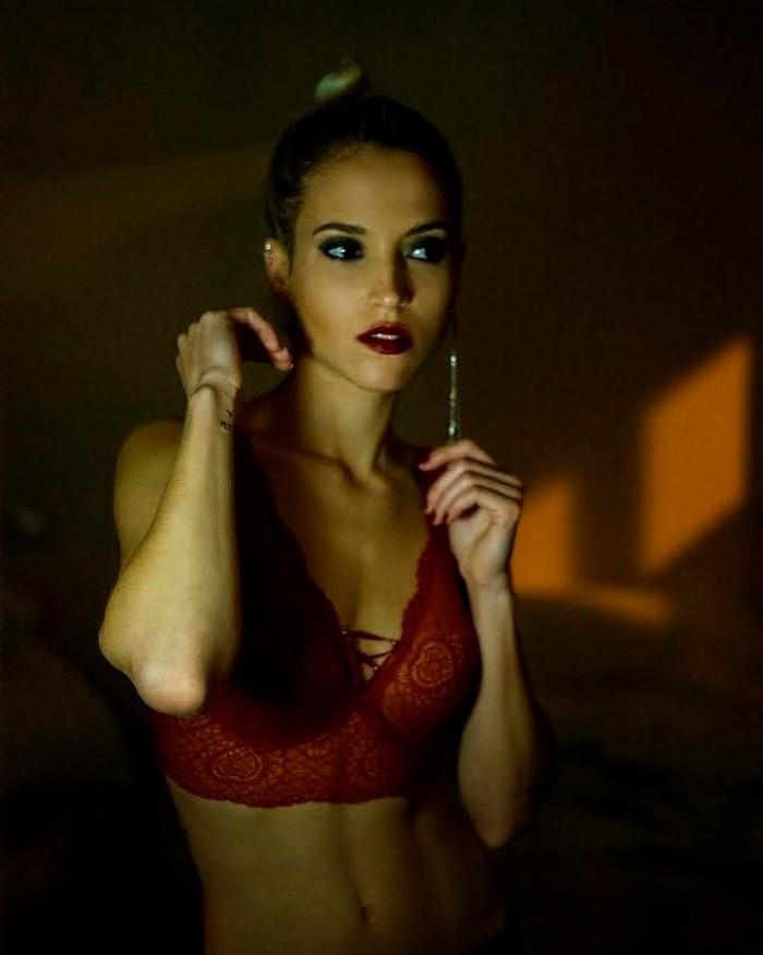 Ana Fernández provocativa ropa interior