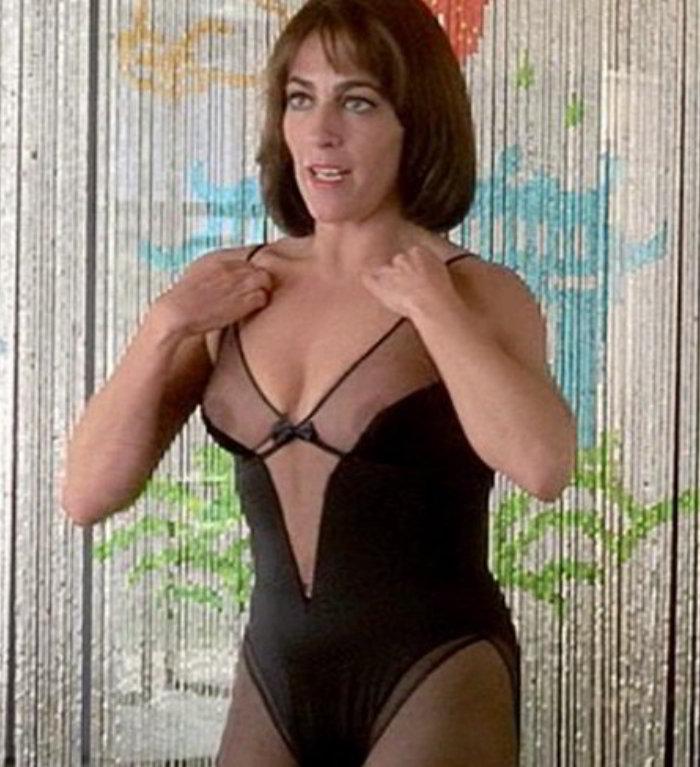 Carmen Maura desnuda