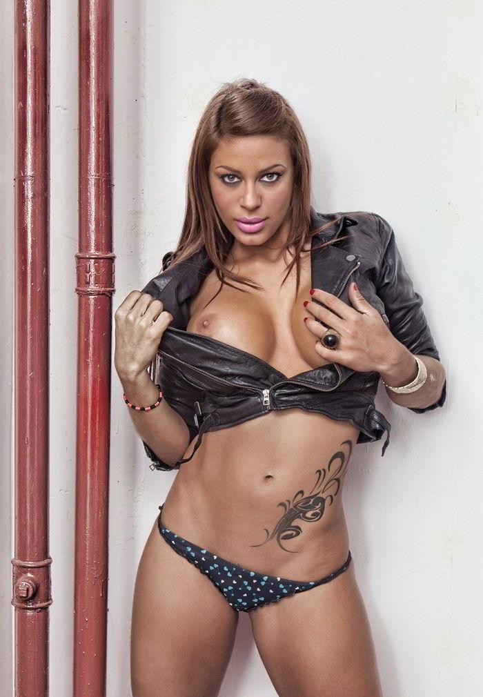 Tatiana Delgado Operación vagina