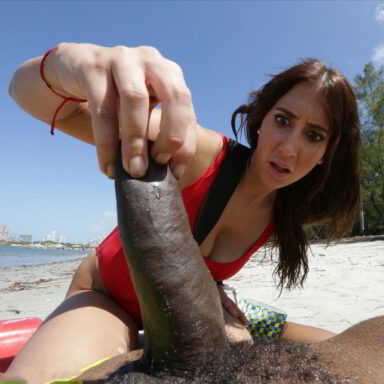 Valerie Kay salvavidas sexual playa
