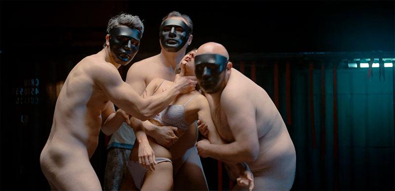 Aura Garrido Desnuda Violada Película Inocente