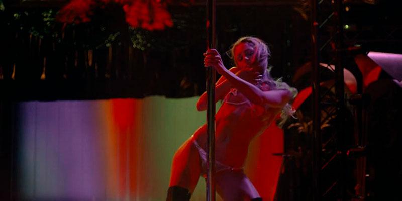 Aura Garrido Show Erótico Película Inocente 10