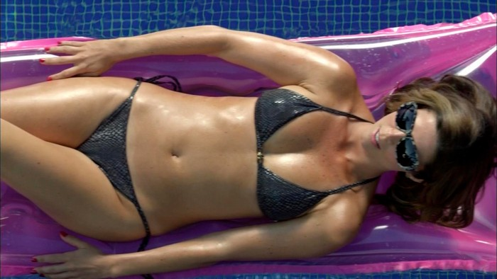 Juana Acosta bikini sexy