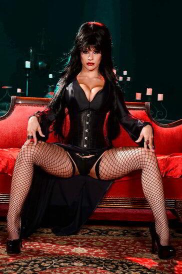 Elvira señora putiferio