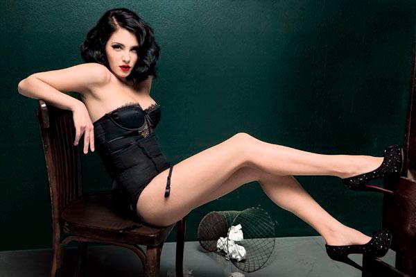 Andrea Duro sexy
