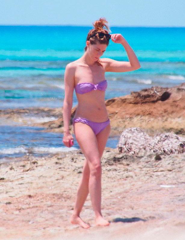 Manuela Velasco bikini