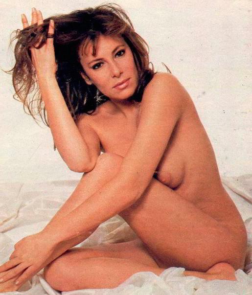 Ana Obregón desnuda