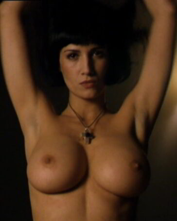Elia Galera desnuda