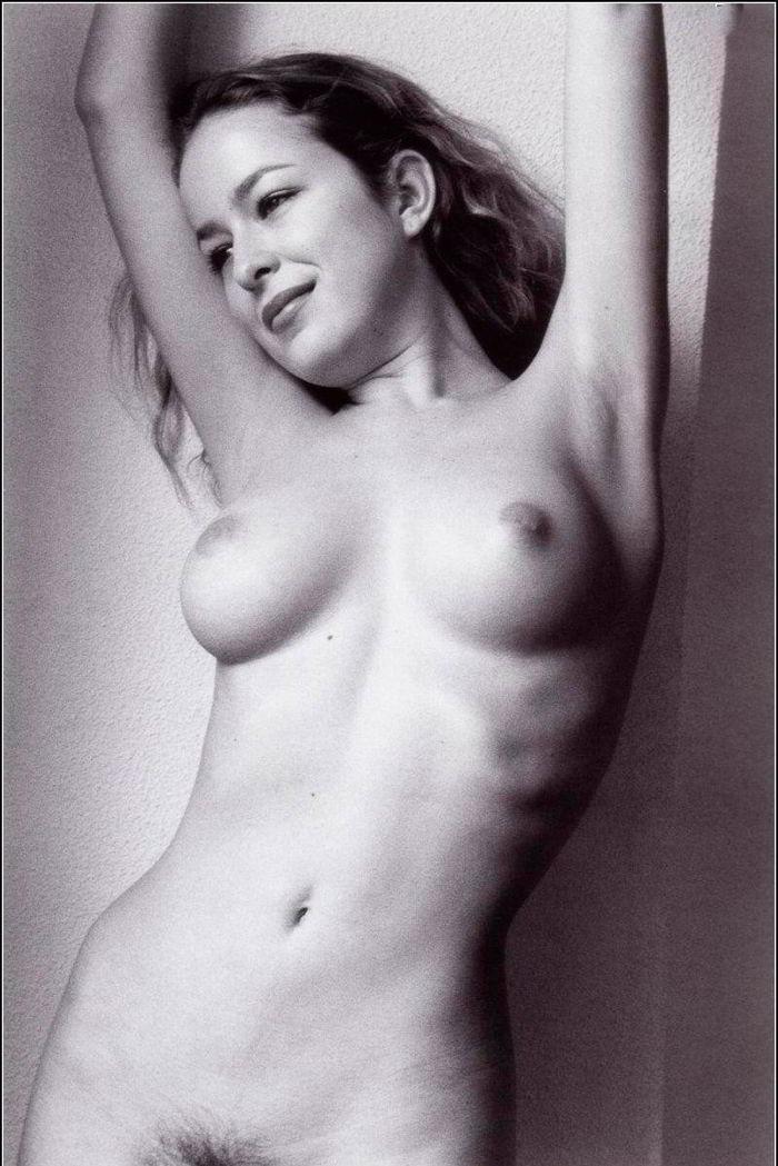 Silvia Abascal desnuda