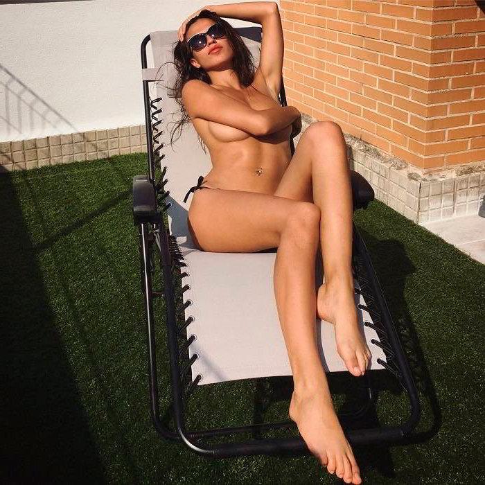 Sofía Suescun tomando el sol