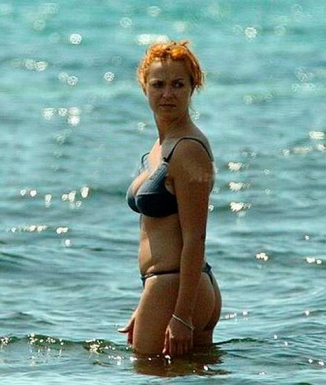 Carolina Ferré descuido en playa