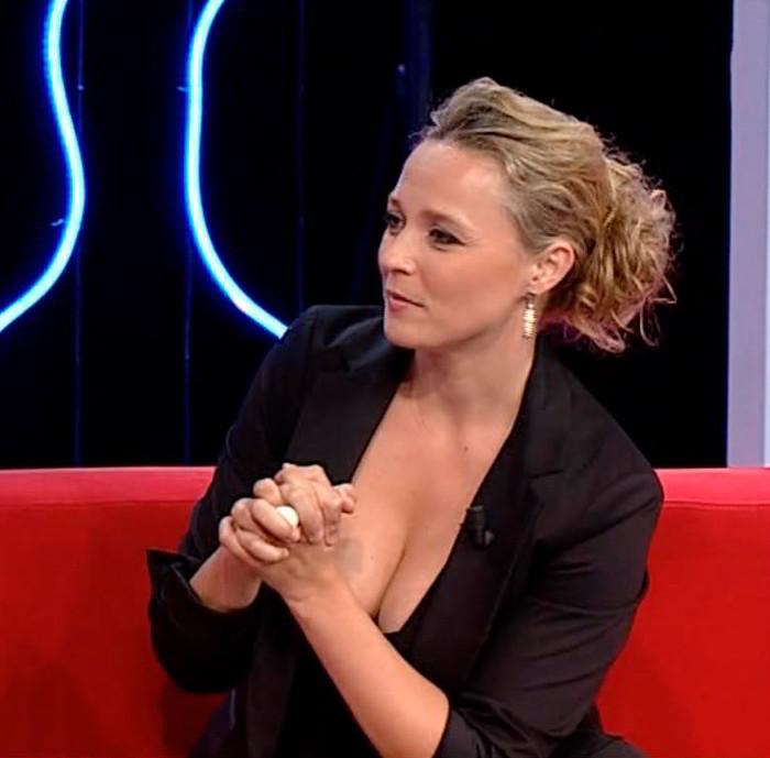 Carolina Ferré pechos en programa