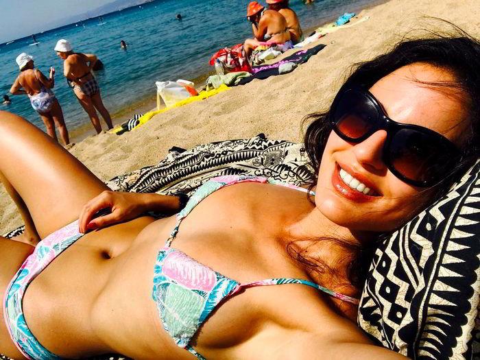 Jana Pérez en la playa