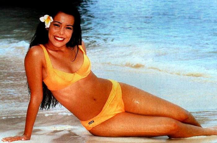 Beatriz Luengo bikini playa