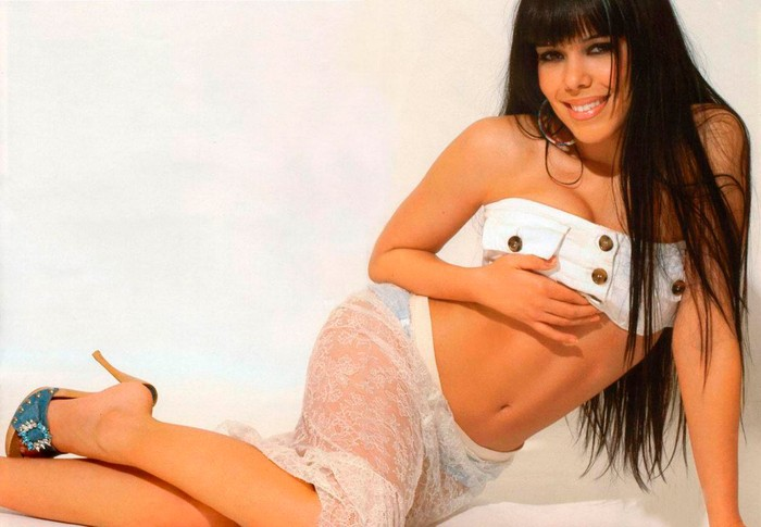 Beatriz Luengo capturas mas sexys