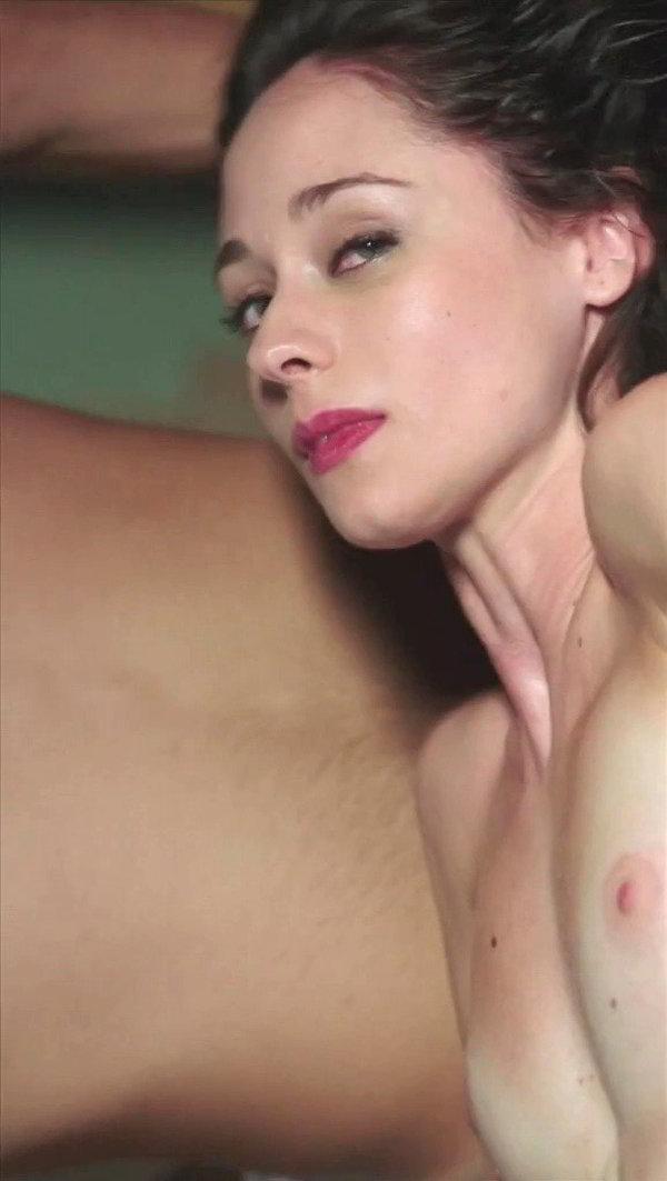 Elena Rivera en topless