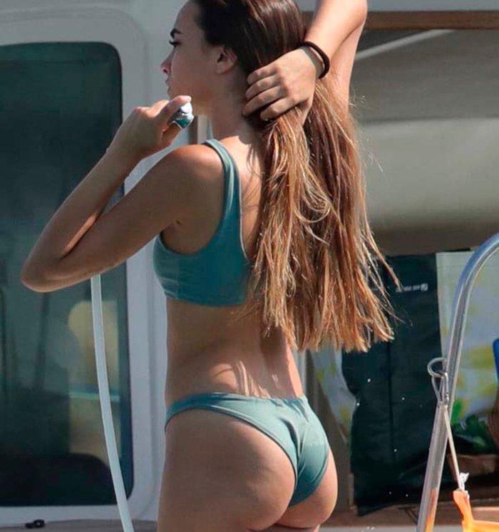 Aitana Ot 2017 Posado Bikini Culo Playa