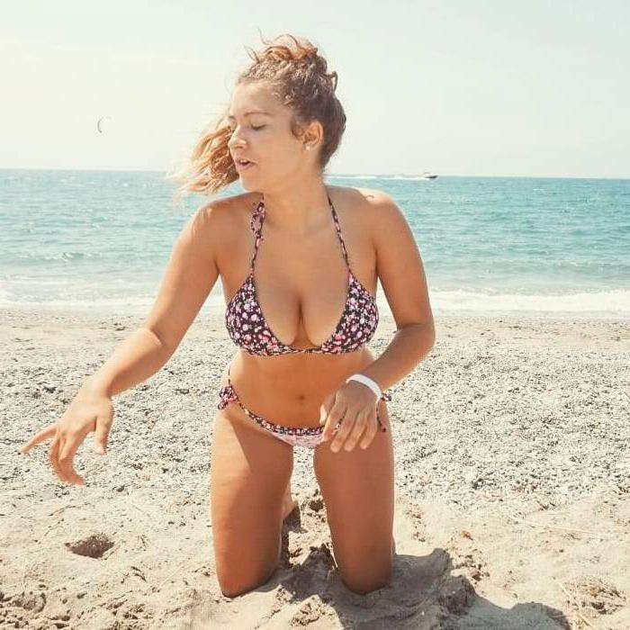 Carlota Boza bikini Instagram