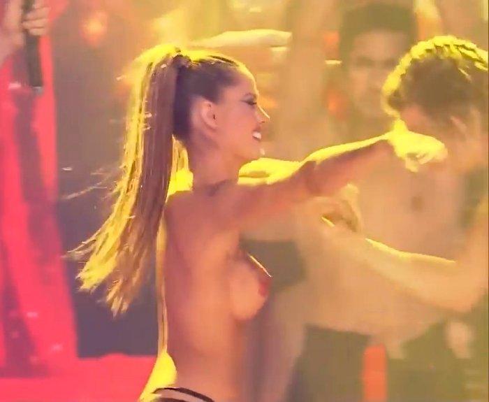 Gala Caldirola bailando en televisión