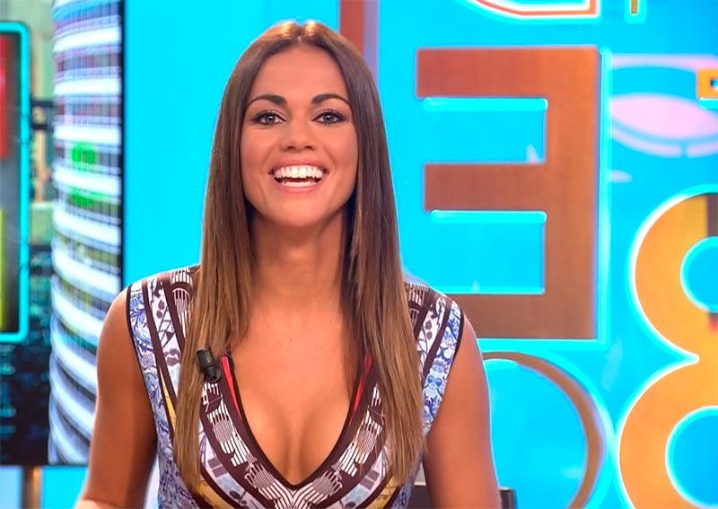 Lara Álvarez Escote Pechos Televisión