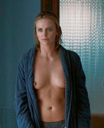 Charlize Theron follando desnuda películas