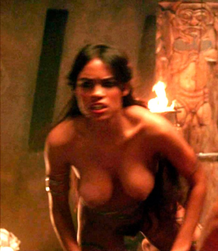 Rosario Dawson desnuda en Alejandro Magno