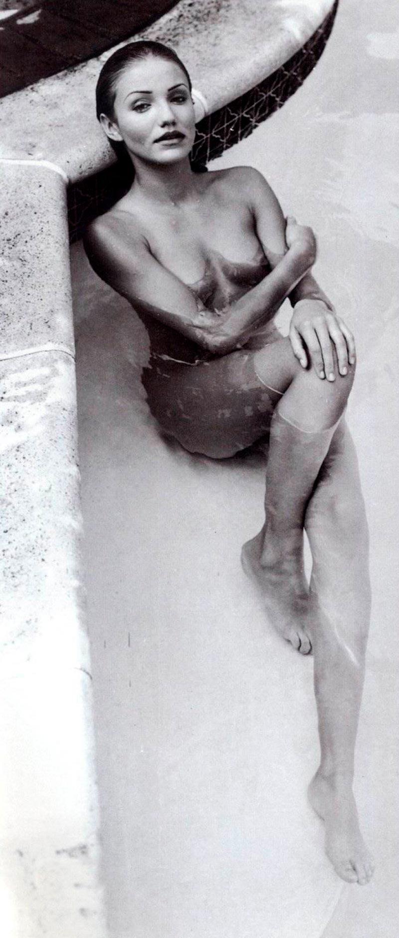 Cameron Diaz Desnuda Fotos Eróticas Posado Artístico 6