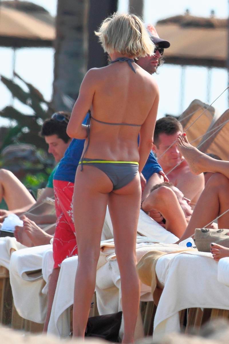 Cameron Diaz Fotos Bikini Playa Sexy 11