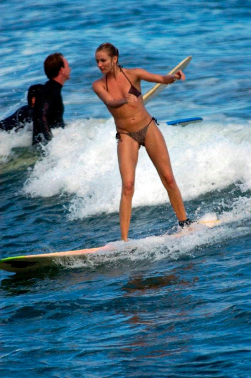 Cameron Diaz Semidesnuda Bikini Vacaciones Mar 2