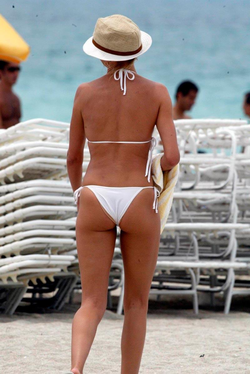 Cameron Diaz Semidesnuda Bikini Vacaciones Mar 6